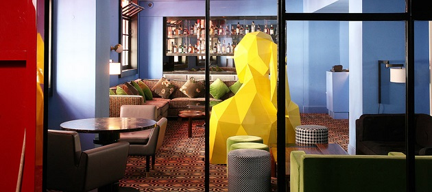 """If you are planning a trip to Paris then you should take an opportunity to take a coffee near a giant woman at Café Germain at 25 Rue de Buci."" Design Café Germain in Paris by India Mahdavi Design Café Germain in Paris by India Mahdavi Paris Design Agenda    Cafe Germain in Paris by India Mahdavi 02"