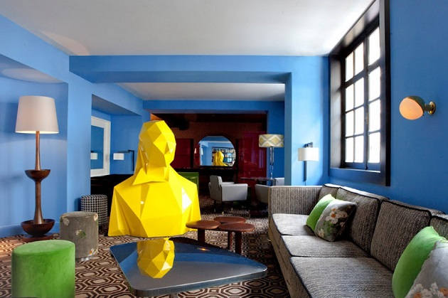 """""""If you are planning a trip to Paris then you should take an opportunity to take a coffee near a giant woman at Café Germain at 25 Rue de Buci."""" Design Café Germain in Paris by India Mahdavi Design Café Germain in Paris by India Mahdavi Paris Design Agenda Cafe Germain in Paris by India Mahdavi 05"""