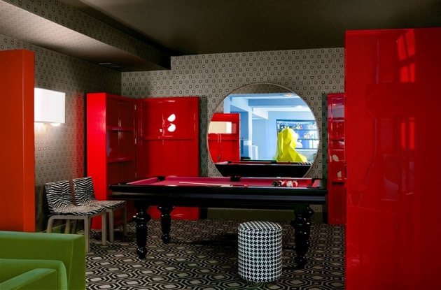 """""""If you are planning a trip to Paris then you should take an opportunity to take a coffee near a giant woman at Café Germain at 25 Rue de Buci."""" Design Café Germain in Paris by India Mahdavi Design Café Germain in Paris by India Mahdavi Paris Design Agenda Cafe Germain in Paris by India Mahdavi 08"""