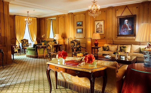 """""""For a trip to Paris, we've selected the top Parisian Hotels. You can always find luxurious and irresistable Paris delights here on Paris Design Agenda."""""""