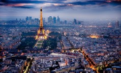 """We prepared a list with best sights and attractions, elected for their mass popularity, historical importance, or sheer aesthetic appeal."" Paris Tourist Attractions: best to see and do Paris Tourist Attractions: best to see and do paris city lights 238x143"