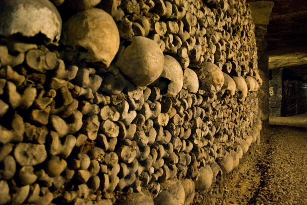The cemetery of Innocent had been used during nearly ten centuries and had become the origin of infection for all the inhabitants of the district.  Places to visit in Paris: the catacombs Places to visit in Paris: the catacombs catacombes 2 jpg