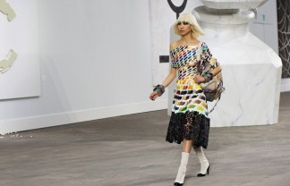 """""""Paris was invaded for the best designs with the trends for spring 2014 at Paris Fashion week. We choose the best of the best from the fashion show"""""""