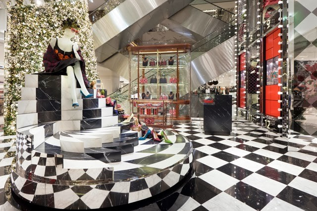 """""""Printemps and Prada teamed up for the holidays as a way of reinterpreting and enchanting customers with the essential and obsessional Christmas classics."""" Printemps partners with Prada for a Joyful Obsession Printemps partners with Prada for a Joyful Obsession Printemps and Prada 4"""