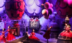 """""""Every year the window displays in Paris's major department stores are transformed for the Christmas season. The following windows feature amongst the most popular."""""""