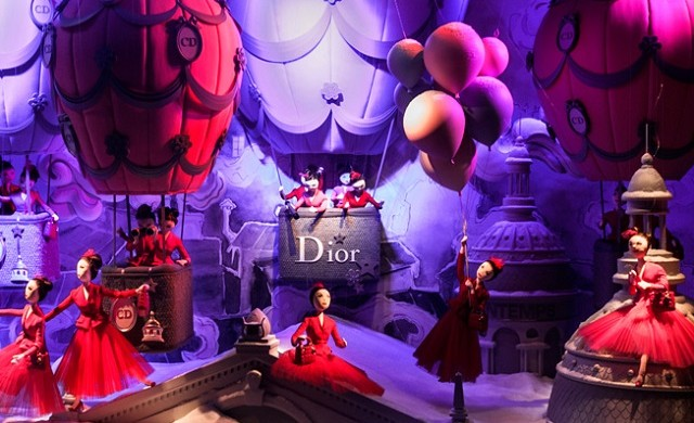 """Every year the window displays in Paris's major department stores are transformed for the Christmas season. The following windows feature amongst the most popular."""