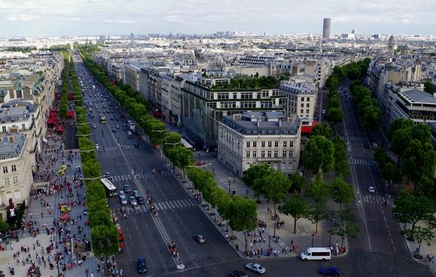 Vue Arc de Triomphe  Were to go in Paris for a delightfull view  Were to go in Paris for a delightfull view Vue Arc de Triomphe