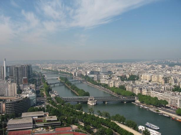 Vue la Tour Eiffel  Were to go in Paris for a delightfull view  Were to go in Paris for a delightfull view Vue la Tour Eiffel