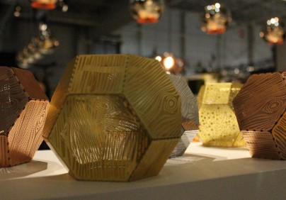 maison objet paris 2015-lighting exhibitors-stands with light (25) Top 10 golden furniture from #MO15 Top 10 golden furniture from #MO15 maison objet paris 2015 lighting exhibitors stands with light 25 404x282