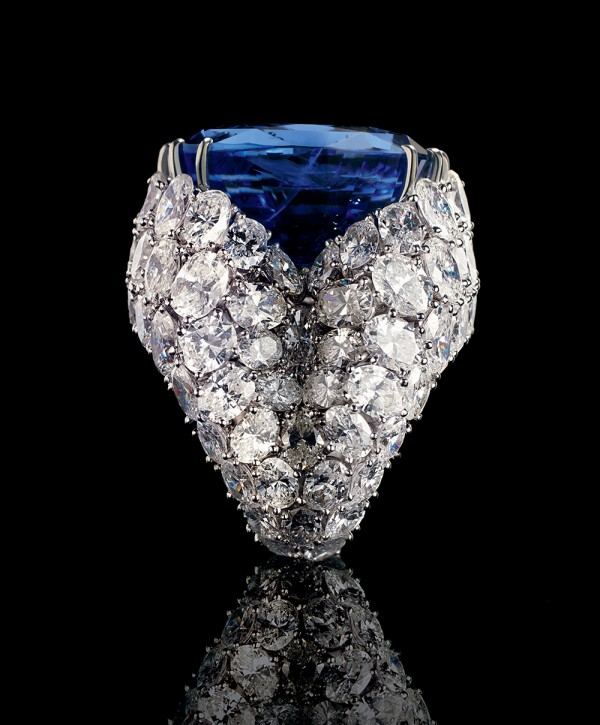 alexandre-reza-paris-jewelry-salon-Extraordinary Jewelry-Alexandre Reza Meet the Paris-based designer Alexandre Reza Meet the Paris-based designer Alexandre Reza AssoulineAlexandreRezaPressApproved image e1426160919563