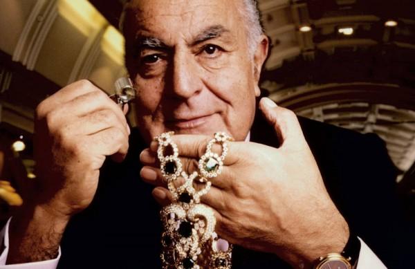 alexandre-reza-paris-jewelry-salon-Extraordinary Jewelry-Alexandre Reza Meet the Paris-based designer Alexandre Reza Meet the Paris-based designer Alexandre Reza TCX 03 alexandre reza paris jewelry salon 0612 xln mv e1426160747896