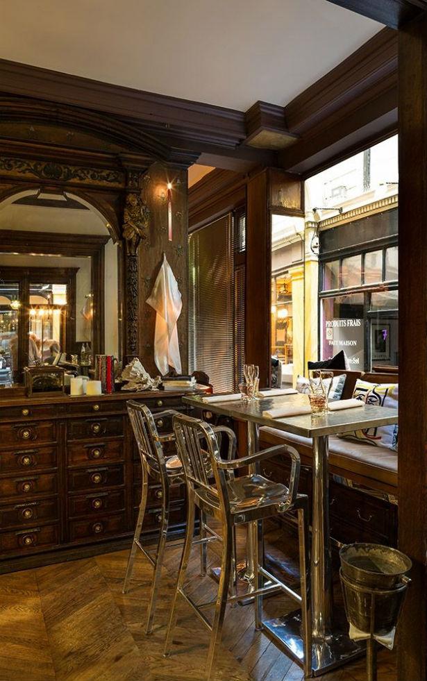 Caffè Stern in Paris by Philippe Starck (2)