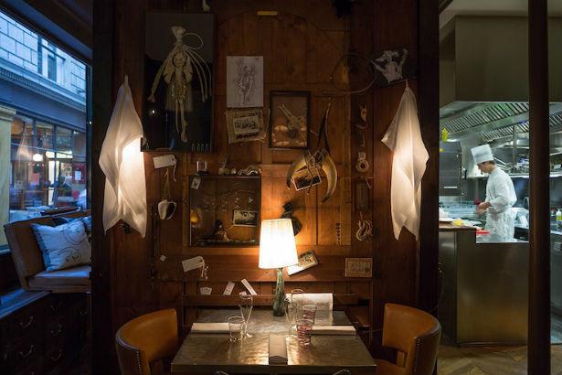 Caffè Stern in Paris by Philippe Starck (5)