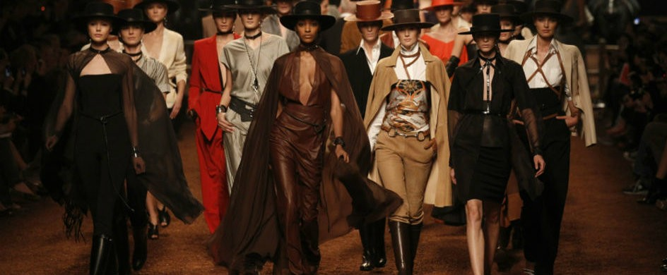 The Best Paris Fashion Week Runways Of All Time