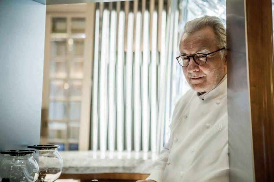 Chef Alain Ducasse Opens New Restaurant in Versailles (2) Alain Ducasse Chef Alain Ducasse Opens New Restaurant in Versailles Chef Alain Ducasse Opens New Restaurant in Versailles 2
