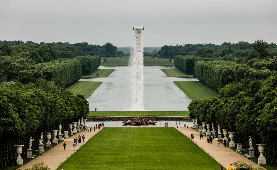Olafur Eliasson Creates a Waterfall in Versailles (2)