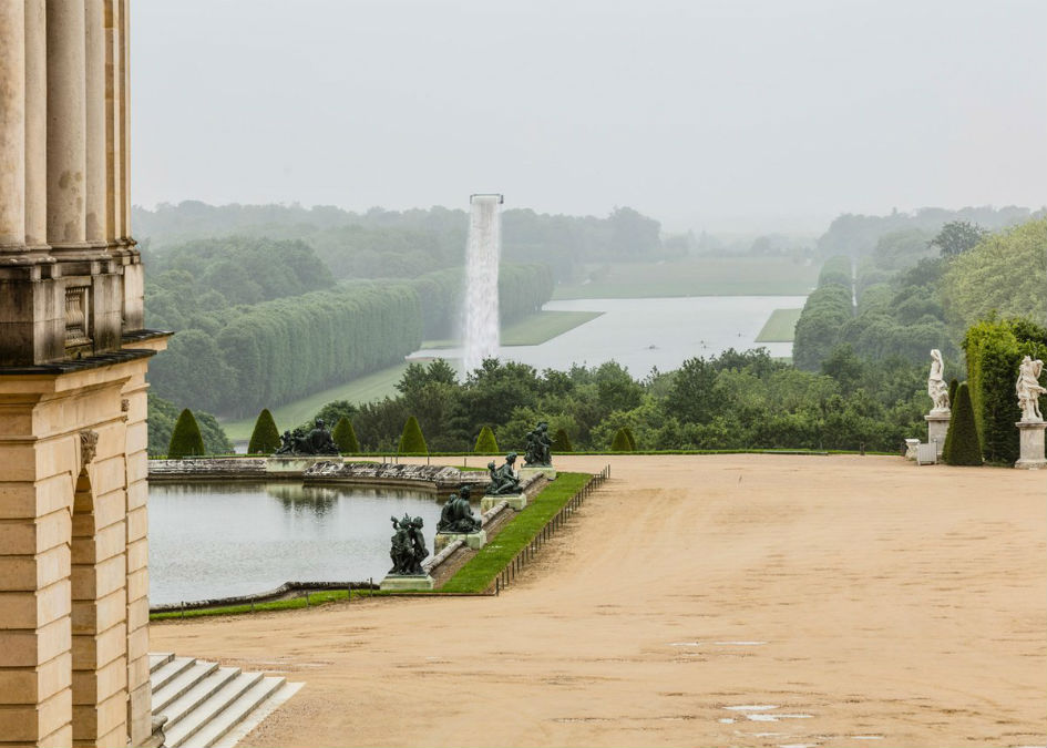 Olafur Eliasson Creates a Waterfall in Versailles (3)