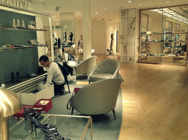 you-need-to-see-the-stunning-design-furniture-of-le-bon-marche-4