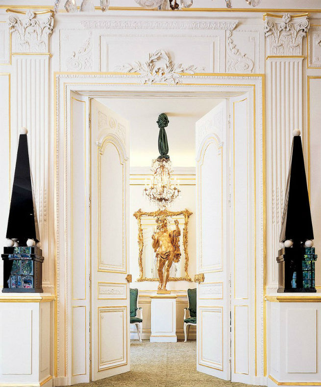 See the Interiors of Yves Saint Laurent's Former Shop in Paris