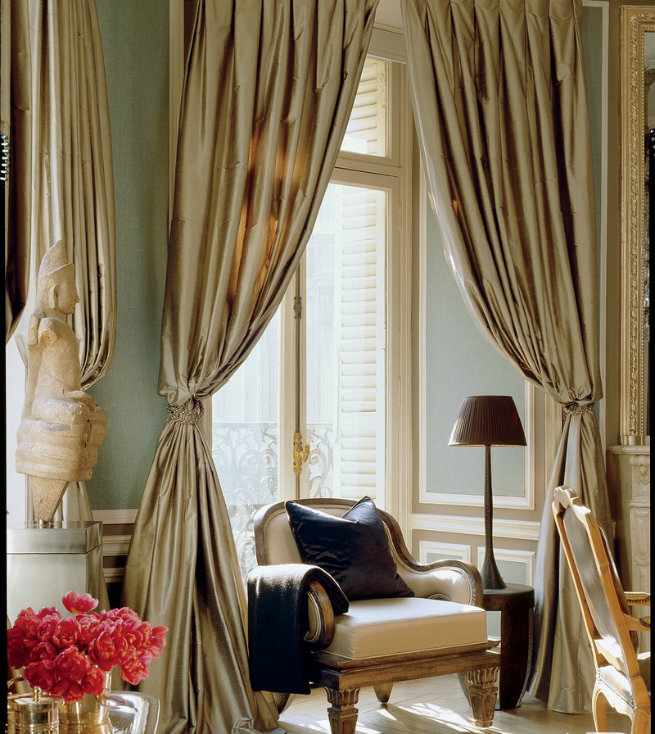 See Inside Christopher Noto's Paris Residence paris residence See Inside Christopher Noto's Paris Residence See Inside Christopher Notos Paris Residence 2