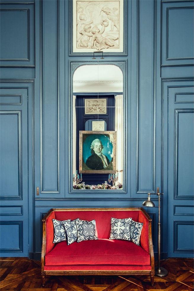 See Inside Pierre Sauvage's Paris Apartment