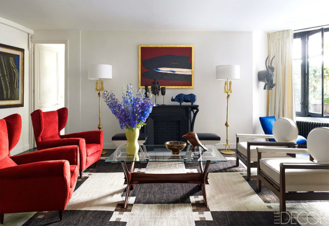 Be Marveled by a Mid-Century Modern Living Room with a Parisian Twist-1