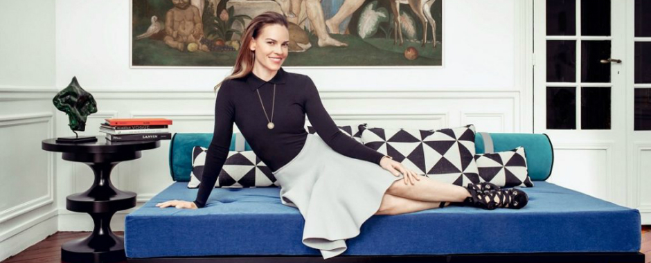 Hilary Swank's Parisian Apartment Features Remarkable Interiors parisian apartment Hilary Swank's Parisian Apartment Features Remarkable Interiors featured 5