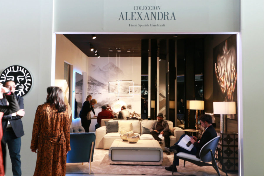 a look at some of the best luxury living room brands right now A Look at Some of The Best Luxury Living Room Brands Right Now Alexandra