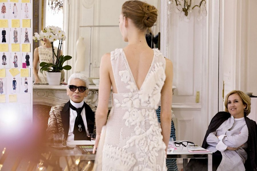Recalling the Incredible Achievements of the Iconic Karl Lagerfeld 4 Karl Lagerfeld Recalling the Incredible Achievements of the Iconic Karl Lagerfeld Recalling the Incredible Achievements of the Iconic Karl Lagerfeld 4