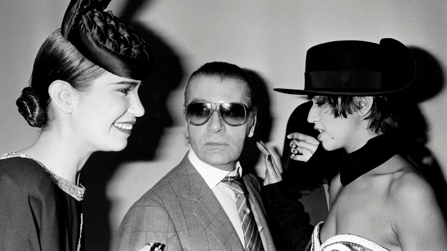 Recalling the Incredible Achievements of the Iconic Karl Lagerfeld 6 Karl Lagerfeld Recalling the Incredible Achievements of the Iconic Karl Lagerfeld Recalling the Incredible Achievements of the Iconic Karl Lagerfeld 6