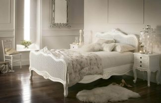 5 Luxurious Ideas To Achieve a French Styled-Home [object object] 5 Luxurious Ideas To Achieve a French Styled Home 33 vintage bedroom decor ideas homebnc 324x208