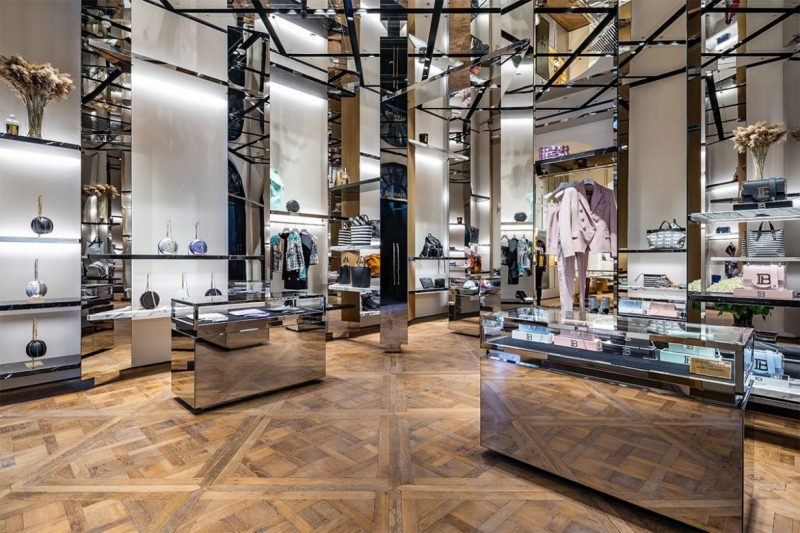 Behold The New Concept On Balmain's Paris Flagship Store balmain Behold The New Concept On Balmain's Paris Flagship Store balmain paris new flagship store 02 e1557219990729