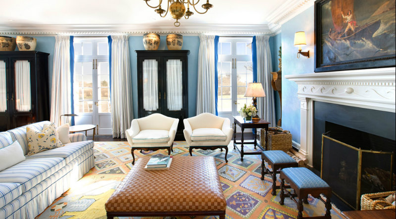 Robert Couturier: The Go-To Interior Designer On A Traditional Landscape robert couturier Robert Couturier: The Go-To Interior Designer On A Traditional Landscape coveted Late Bed Design from Savoir and Robert Couturier interior design